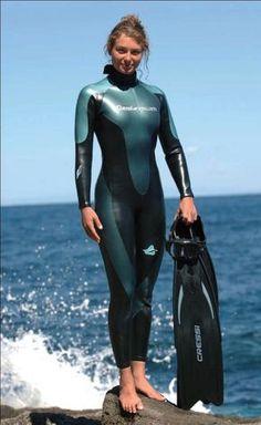 ML Igazi sellők: Marina Bikinis, Swimsuits, Swimwear, Latex Bodysuit, Diving Suit, Scuba Diving, Scuba Girl, Womens Wetsuit, Tight Leggings