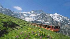 En los Alpes Suizos, la estación ferroviaria más alta de Europa | Turismo