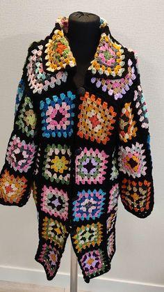 Crochet Jacket Pattern, Gilet Crochet, Crochet Ripple, Crochet Coat, Granny Square Crochet Pattern, Crochet Squares, Crochet Cardigan, Crochet Granny, Crochet Clothes