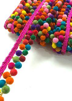 2 Line Pink Pompom