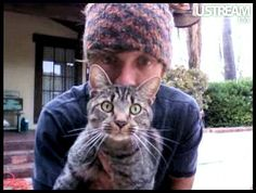 Jason Mraz and his tabby cat, Holmes.  Oh no, he's a cat person!  How will we ever be married now??