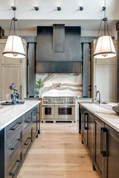 50 Luxury Kitchen Designs Ideas That You Never Saw Before - You can incorporate kitchen designs that will make your kitchen look as if it has been standing for years on end. A luxury kitchen can be painted by h. Elegant Kitchens, Modern Farmhouse Kitchens, Luxury Kitchens, Beautiful Kitchens, Home Kitchens, Tuscan Kitchens, Dream Kitchens, Contemporary Kitchens, Kitchen Modern
