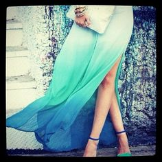 Ombre blue skirt with heels