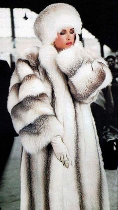 fur fashion directory is a online fur fashion magazine with links and resources related to furs and fashion. furfashionguide is the largest fur fashion directory online, with links to fur fashion shop stores, fur coat market and fur jacket sale. Fur Fashion, Winter Fashion, Fox Fur Coat, Fur Coats, Outfits Mujer, Fabulous Furs, Keep Warm, Winter Wear, Winter Outfits