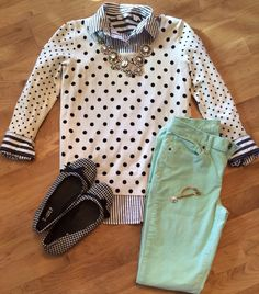 Stripes, polka dots, houndstooth and mint. This is very fashionista and I want to pull this off. Preppy Outfits, College Outfits, Cool Outfits, Fashion Outfits, Work Fashion, Student Teaching Outfits, Teacher Outfits, Teacher Fashion, Teaching Style