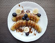 Waffles, Pancakes, Breakfast, Ethnic Recipes, Food, Morning Coffee, Crepes, Griddle Cakes, Meals