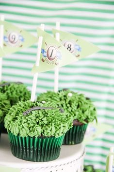 The cupcakes at this Golf Father's Day party are excellent! See more party ideas and share yours at CatchMyParty.com#catchmyparty #partyideas #golfparty #golfcupcakes #boybirthdayparty