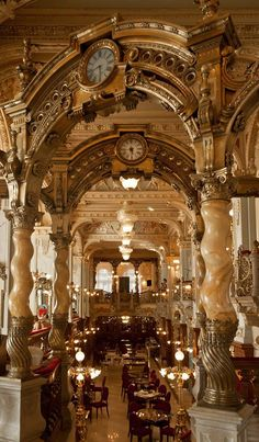 Cafe New York, Budapest.