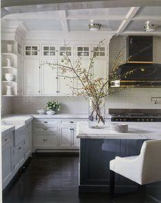 Ranch Kitchen, Farmhouse Kitchen Decor, Bright Kitchens, Home Kitchens, Kitchen Cupboards, Kitchen Island, Kitchen Colors, Kitchen Design, Big Houses