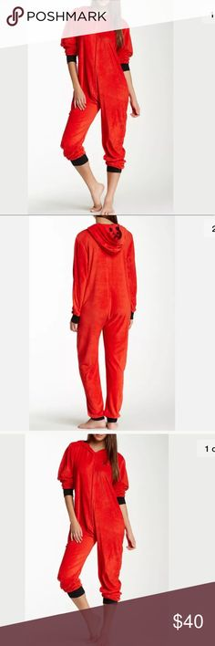 "Paul Frank Womens Julius Pajamas Snuggle Up Jumper Paul Frank Womens Julius Pajamas Snuggle Up Jumper   Sz L Large  Color Red  New with tags Great gift for Christmas Details - Hooded with polka dot inner, - Long sleeves, - Front zip closure - Chest topstitched graphic, - Ribbed trim, - Approx. 29"" inseam, 58"" length - Imported Fiber Content 100% polyester Additional Info Fit: this style fits true to size.  Smoke and pets free home Paul Frank Intimates & Sleepwear"