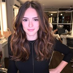 Ombre hair: the most beautiful color gradients and if we dared ombre hair? Straight Brunette Hair, Brunette Hair With Highlights, Brunette Hair Cuts, Best Ombre Hair, Brown Ombre Hair, Brown Blonde Hair, Beliage Hair, Hombre Hair, Medium Hair Styles