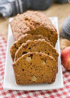 Pumpkin Bread with Apples