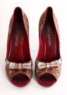 low priced 5835a 18bdc 10 Most Expensive Women Shoe Brands These Days. Diseños De ZapatosZapatos  HermososCalzado MujerZapatos ...