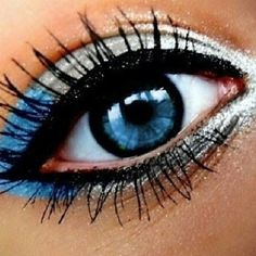 LOVE this makeup! cute for cheerleading