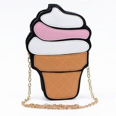 Street style chic handbag, cupcake frosting bag is very cute and trending.
