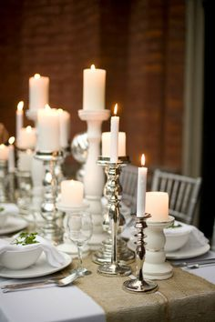 Wedding Candles Table Decoration. http://memorablewedding.blogspot.com/2014/01/beautiful-wedding-table-decoration-ideas.html