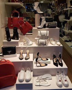 Las Mejores 79 Ideas De Arreglar Tienda De Zapatos Tienda De Zapatos Diseño De Tienda De Zapatos Disenos De Unas