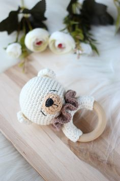 Bear crochet baby rattle / Bear teething toy / Rattle for newborn / Forest themed baby shower / Neutral gender baby gift / Pregnant friend Newborn Toys, Baby Toys, Baby Newborn, Wooden Crates Gifts, Pregnancy Gifts, Teething Toys, Baby Rattle, Crochet Animals, Crochet Dolls