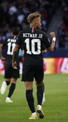 Neymar Team, Neymar Psg, Neymar Football, Football Boys, Neymar Barcelona, Football Players Images, Soccer Players, Neymar Jr Hairstyle, Mbappe Psg