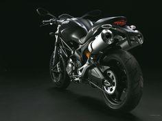 Fotos de motos - Ducati Monster 696