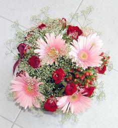 Resultado de imagen para modelos de arreglos florales