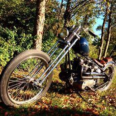 . British Motorcycles, Triumph Motorcycles, Bobber, Motorbikes, Bicycle, Vehicles, Triumph Bikes, Bicycle Kick, Bike