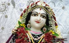 To view Radha Close Up Wallpaper of ISKCON Chowpatty in difference sizes visit - http://harekrishnawallpapers.com/srimati-radharani-close-up-wallpaper-106/
