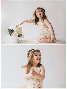 Natural Cake Smash, #naturalcakesmash #simplecakesmash #cakesmash #2yearoldcakesmash #birthdaycake #cakeinspiration #handmaderomper #babyromper #diybabyromper #smashcake #babyphotography #babyphotoshoot #2ndbirthdayidea #birthday #idea #birthdayinpiration #childbirthday #sophieeleanorphotography #photographystudio #babyphotographystudio #studio #cakesmashcake #minimal #simple #cake #smash