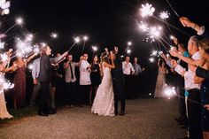 A Backyard Wedding That Proves You Can Plan a Gorgeous Celebration in Just Four Months