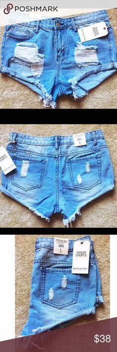 🆕🌼 American Bazi Jean Shorts Comfortable Stylish Jean Shorts ♥️ Never Worn. Smoke Free Home. 🚭 Open to Offers 💁🏻 Shorts Jean Shorts