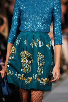 Oscar de la Renta Fall 2012 RTW - Details - Fashion Week - Runway, Fashion Shows and Collections - Vogue