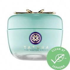 The Water Cream - Tatcha | Sephora #RetinolCream Jet Set, Mastic Gum, Porcelain Skin, Younger Skin, Oily Skin Care, Clean Beauty, Beauty Tips, Beauty Care, Shopping