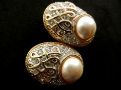 High-end quality earrings with pearl & crystals  by RAKcreations