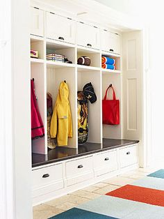 House Tour: A Colonial Home with Contemporary Flair (Mudroom)
