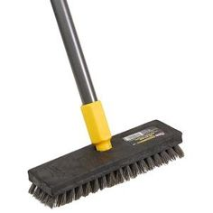 Quickie Professional Deck Scrub Brush with medium-stiff bristles is a good choice for scrubbing decks, driveways and patios. Deck Brush, Concrete Coatings, Concrete Driveways, Concrete Porch, Exterior Wood Stain, Waterproof Paint, Flat Interior, Stained Concrete, Good Grips