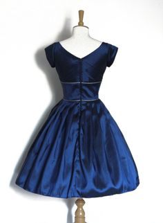 Midnight Blue Taffeta Sweetheart Prom Dress with by digforvictory