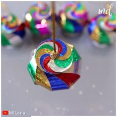 Easy Christmas Decorations, Christmas Ornament Crafts, Christmas Crafts For Kids, Holiday Crafts, Christmas Diy, Disney Diy Crafts, Fun Diy Crafts, Hobbies And Crafts, Youtube