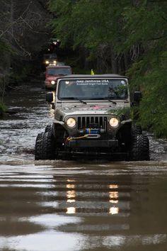 C'mon in, the waters fine! I wish my boyfriend still had his jeep! Jeep Jk, Jeep Wrangler Tj, Jeep Truck, Jeep Wrangler Unlimited, 4x4, E90 Bmw, Hors Route, Jeep Trails, Offroader