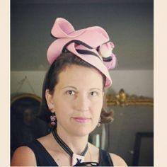 Elle la blogo, son partage, son accueil, ses réflexions pertinentes, son écolonomie, sa foi, son caté, l'éveil Montessori,son...