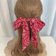 Handmade Hair Accessories, Barrette, Girl Hairstyles, Hair Bows, Trending Outfits, Unique Jewelry, Handmade Gifts, Hair Styles, Vintage