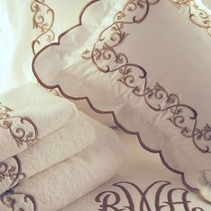 HH 1590 Montecarlo Floral Embroidery Patterns, Hand Embroidery Stitches, Custom Embroidery, Beaded Embroidery, Machine Embroidery, Embroidery Designs, Luxury Linens, Luxury Cushions, Luxury Bedding