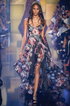 Elie Saab Fall 2015 Couture Fashion Show - Cindy Bruna (Elite)