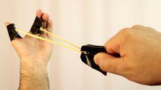 O estilingue de dedo é um brinquedo super fácil de fazer em casa!