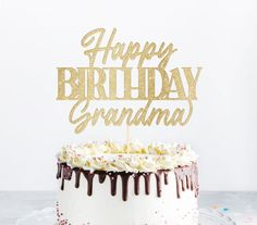 Happy birthday messages for Grandma to send on Facebook, Whasapp or via text SMS. Celebrate her birthday to make her feel special. #happybirthday #messages #grandma #facebook #whatsapp