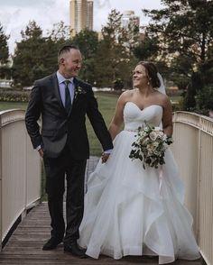 Wedding First Look, Dream Wedding, Wedding Day, Lifestyle Photography, Wedding Photography, Wedding Veils, Wedding Dresses, Unique Weddings, Bridal Style