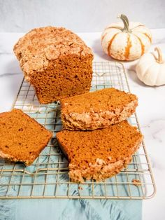 "This pumpkin bread with a cinnamon crumble topping is made with pumpkin pureé and pumpkin spices. This easy pumpkin bread recipe is fluffy, moist, and should be on repeat all fall long! Although there isn't really a ""fall"" in South Florida, I just pretend by eating a bunch of pumpkin flavored foods. Pumpkin Bread Ingredients … Pumpkin Spice Pumpkin Seeds, Pumpkin Banana Bread, Sugar Pumpkin, Baked Pumpkin, Pumpkin Recipes, Fall Recipes, Cinnamon Crumble, Bread Ingredients, Crumble Topping"
