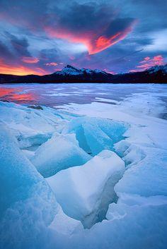 ( ゚д゚)ナ、ナニコレキレイ。湖の泡が凍るとこうなる・・・他、美しすぎる地球の写真14選:DDN JAPAN
