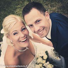 #weddings #kesähäät #summer #feelings #bouquet #portrait #weddingphotography # photography #feelings #beloved #smile