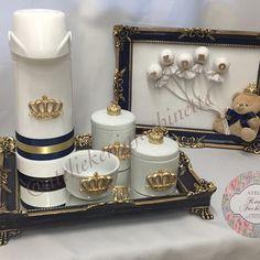 Quadro decorativo e kit higiene para a chegada do príncipe Pedro  ✨ #lindo #luxo #delicadeza #ateliekeniafachinette #quadrodecorativo #quartomenino #quadrosmenino #decorandocomestilo #decorandoacasa #artesanato #decor #instadecor #decoração #feitoamao #arte #quartodemenino #quadromaternidade #temaurso #nomeembalões #temaursorincipe #quadrodecorativo #kithigiene #babyboy #decoraçãoinfantil #kitfofo #ateliekeniafachinette ⚜️Orçamentos através do whatsapp 17 991330450 ou por d...