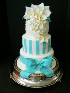 Tiffany blue cake @Jill Meyers Meyers Meyers